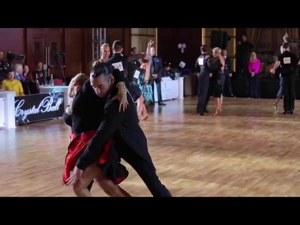 «Наэто можно вечно!»— Ирина Пегова взорвала сеть страстным танцем