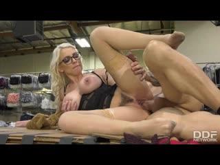 Kenzie Taylor - Seductive MILF Nails Client - Porno, All Sex, Hardcore, Blowjob, Blonde, Big Tits, Porn, Порно