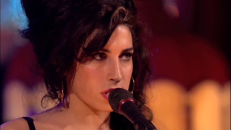 Amy Winehouse Live at Porchester Hall 2007