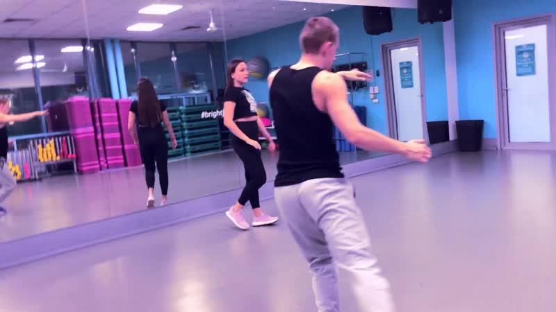Мари Краймбрери Одинокий тип Танец KsuTa Maloy Di Vova