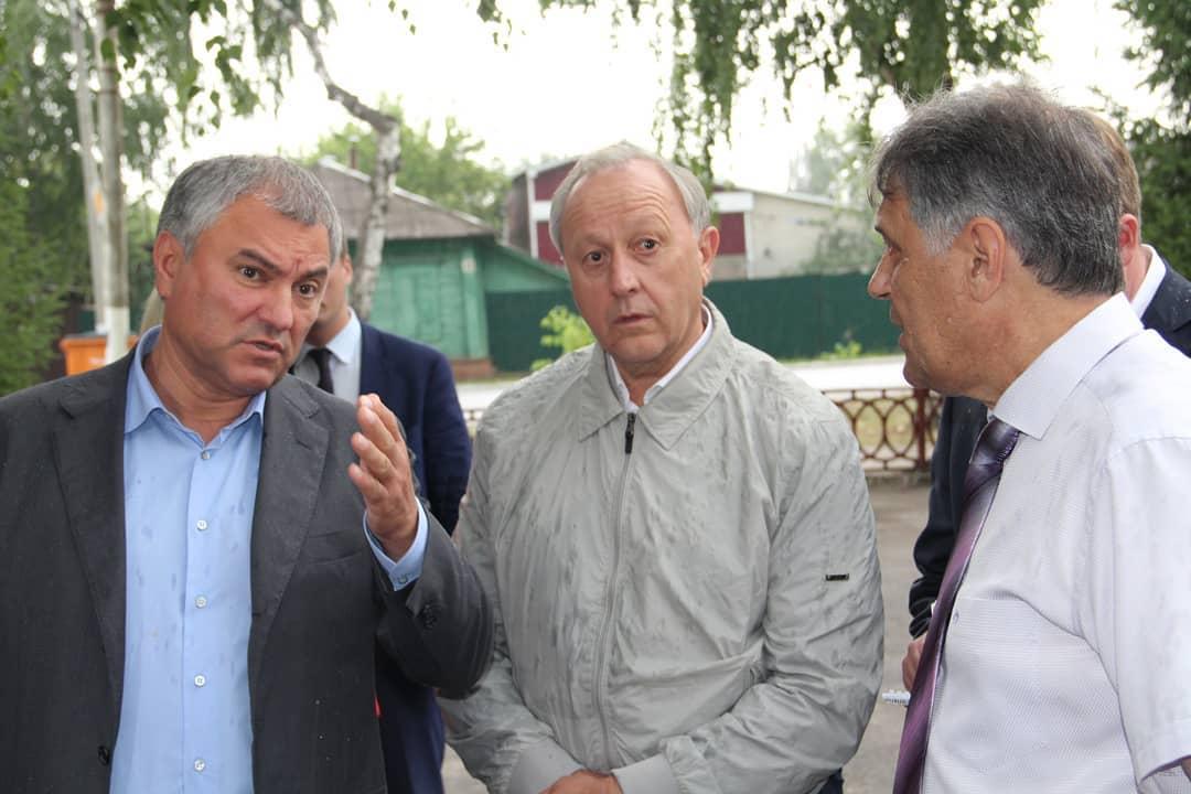Вячеслав Володин отреагировал на жалобы о принудительном сборе средств на новый инфекционный центр в Саратове