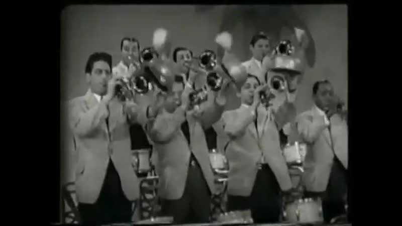 Gene Krupa and His Orchestra - Let Me Off Uptown (feat. Anita O'Day and Roy Eldridge)