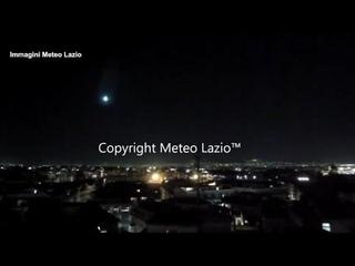 Roma, una meteora nel cielo illumina la Capitale nella prima serata in zona rossa
