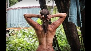 Showering Off Grid - Coffee Scrub | Chanterelle Mushroom Hunting
