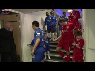 When the Chelsea mascot pranked Steven Gerrard with the oldest trick in the book.