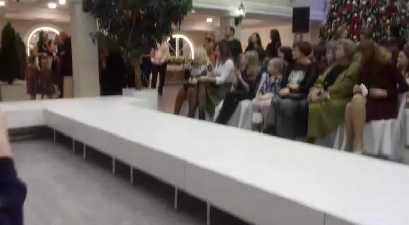 Первый fashion показ от SА.МА в банкетном зале