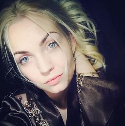 Анна Кроткова