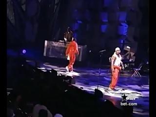 "Akon & Styles P ""Locked Up"" Performance!"