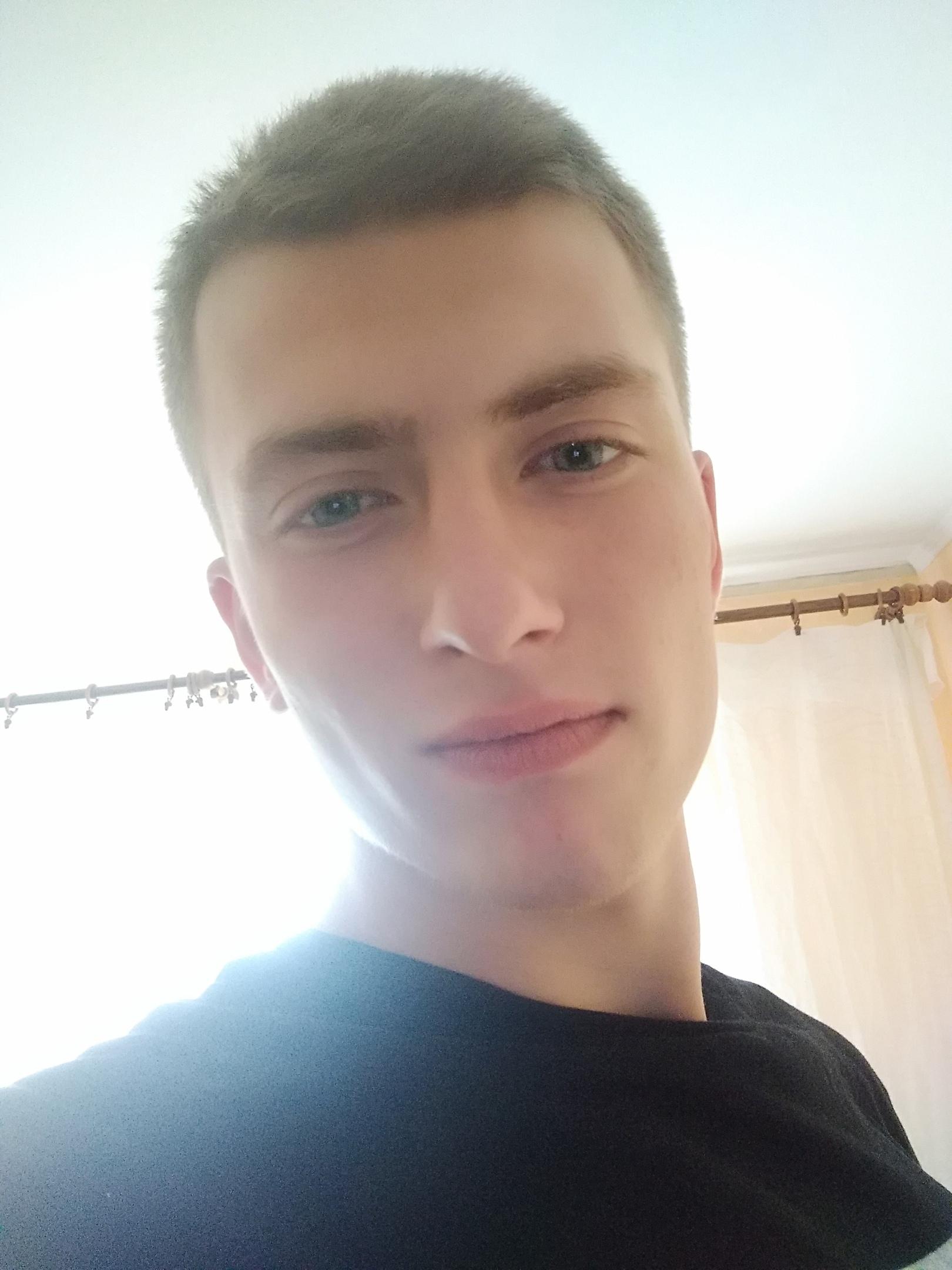 Vlad, 21, Navapolatsk
