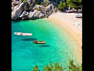 Путевки в лето: лучшие пляжи на Балканах для отдыха в 2021 году.