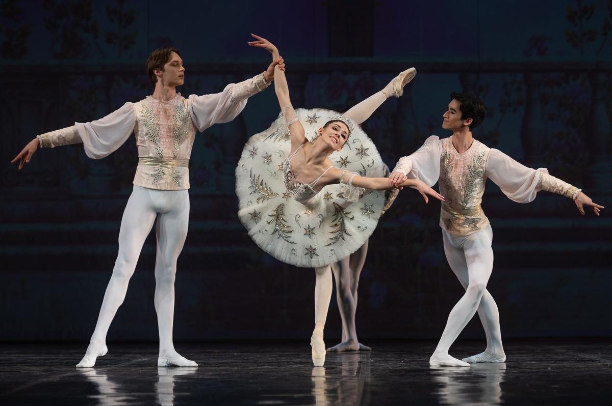 Фрагмент 3 акта из балета «Щелкунчик». Маша - Мария Чернявская.