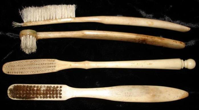 Как появилась зубная щетка?