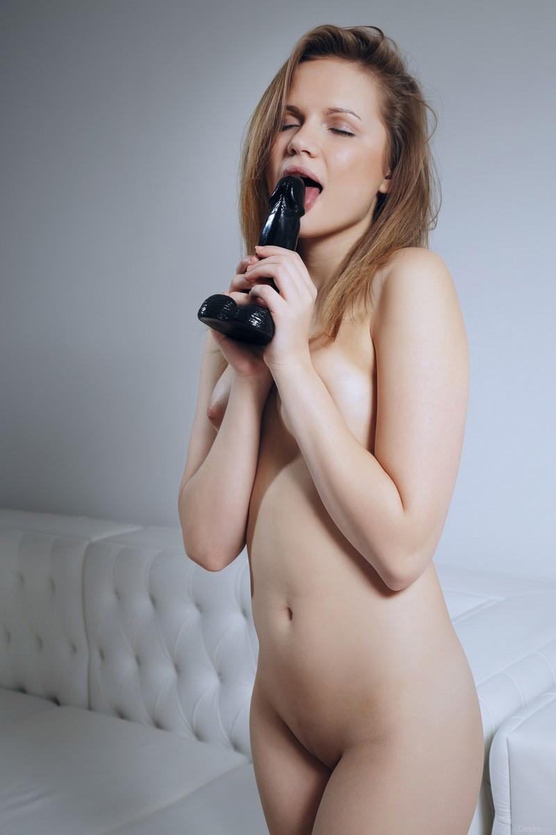 Elizabeth L