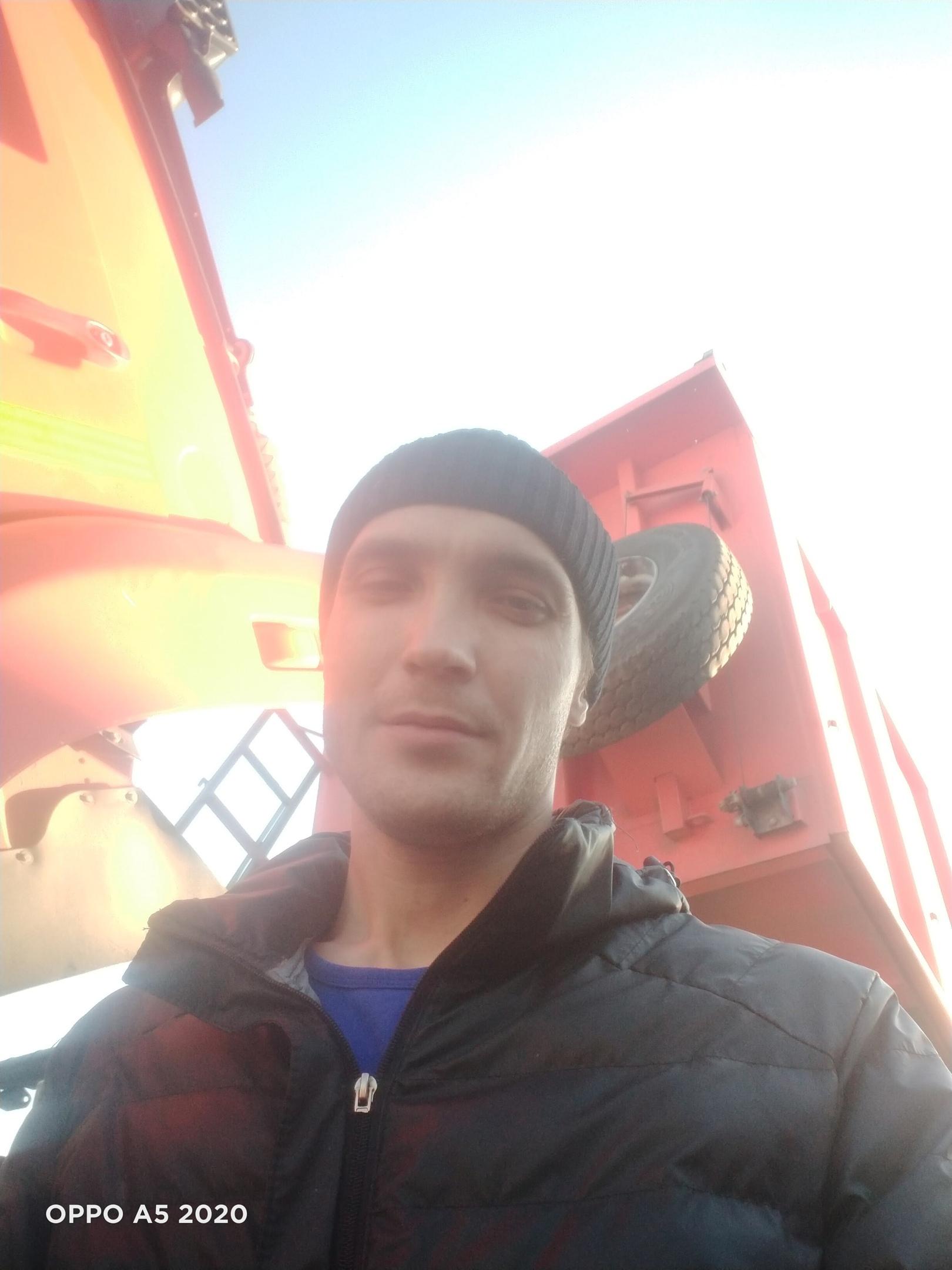 Василий, 26, Vyksa