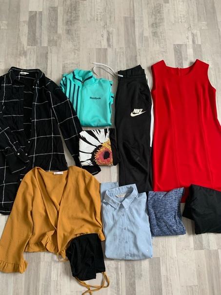 Продам большой пакет одежды размеры 42-44-461000₽ ...