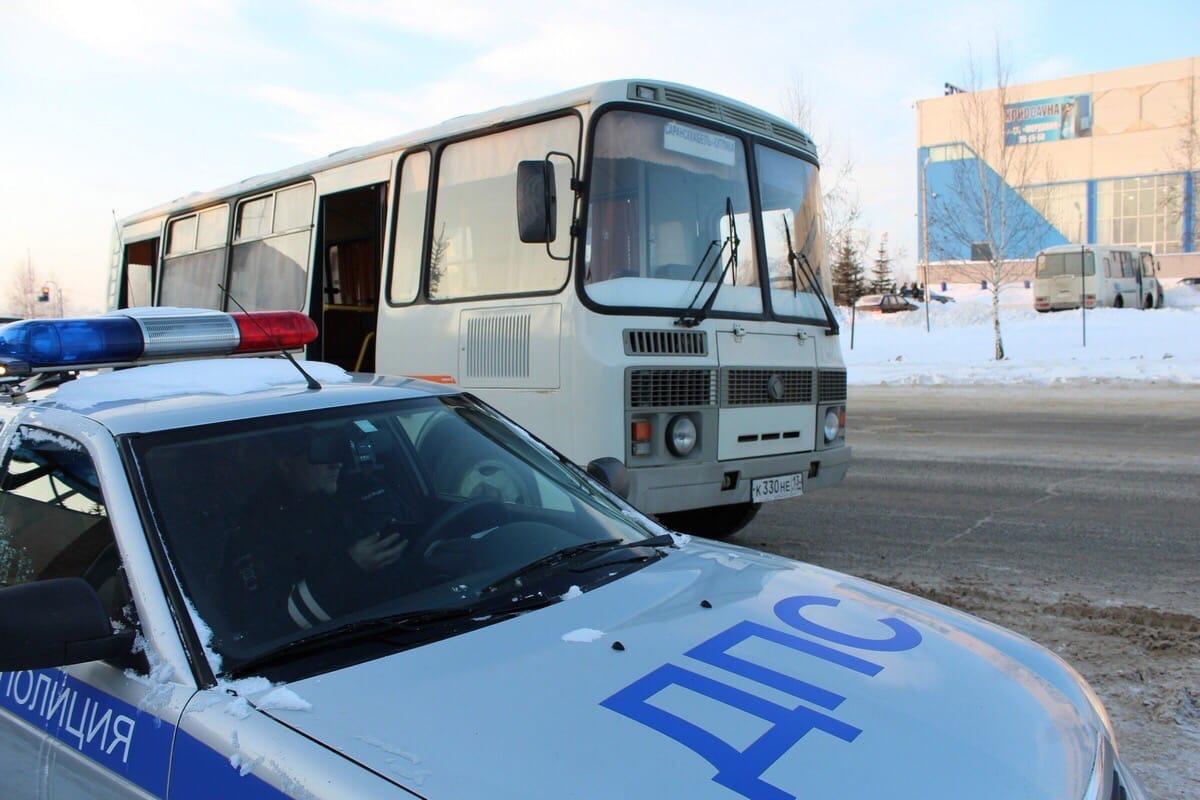 Кто работает в городском транспорте Октябрьского