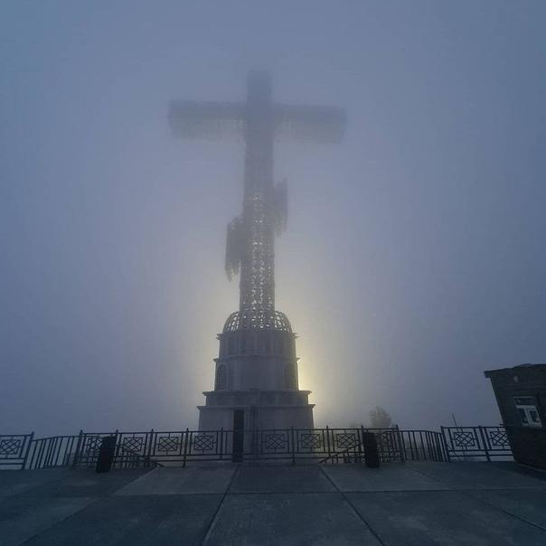 Горы в тумане 🌫  А вы видели такой туман в Гелендж...