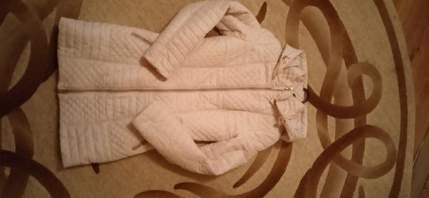 Продам удлинённую куртку р-р 42,(носить можно до -...
