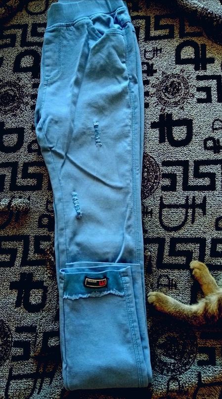 Купить джинсы в отличном состоянии цвет   Объявления Орска и Новотроицка №23779