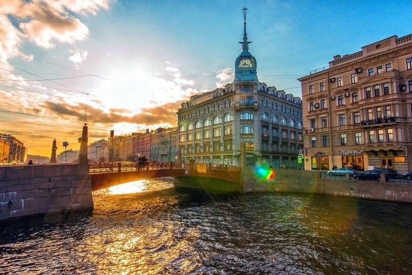 Друзья, ждем вас в гости этой весной в Петербург наслаждаться красотой города и творчеством 🤗
