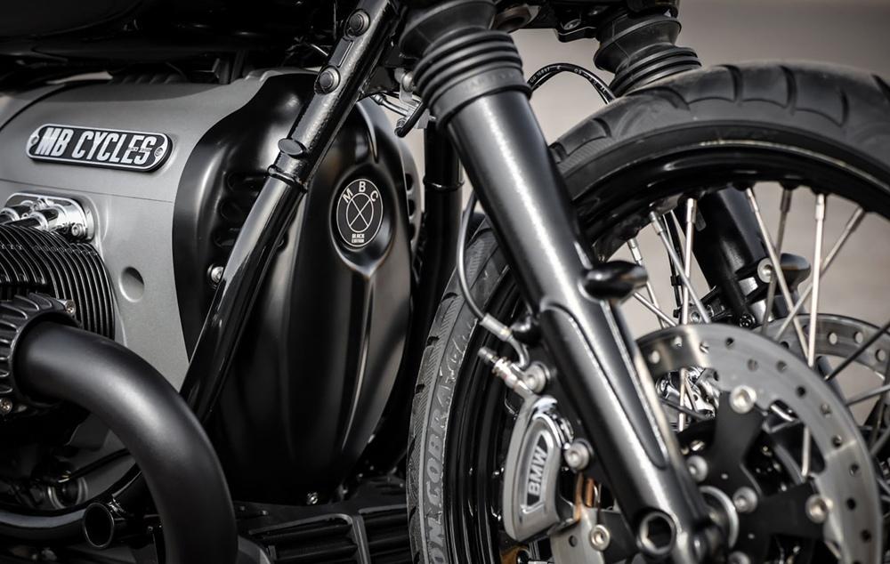 MB Cycles: чоппер BMW R18