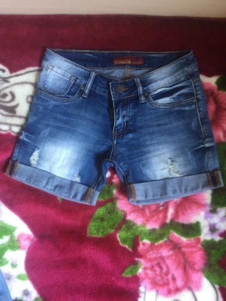 Шорты джинсовые молодёжные с потёртостями в отличн...