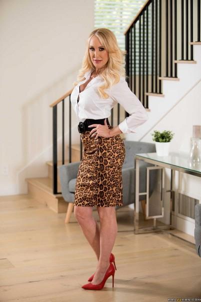 Virgin Valentina Nappi Blowjob