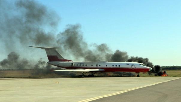 В аэропорту под Новочеркасском пожарные «потушили»...