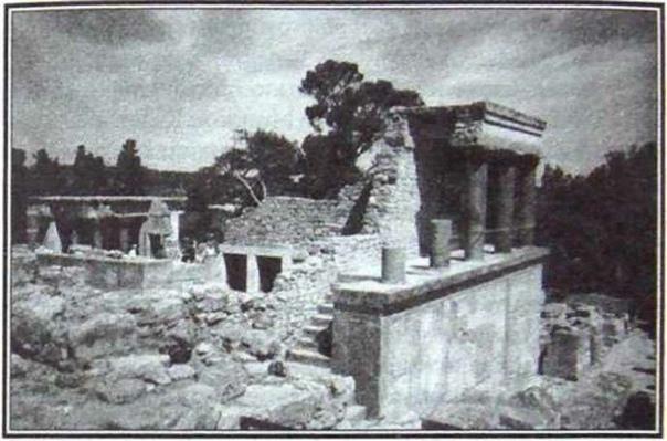 Руины дворца в Кноссе. Реконструкция Артура Эванса