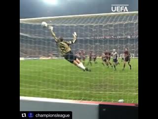 Хет-трик Ривалдо в ворота Милана в Лиге Чемпионов