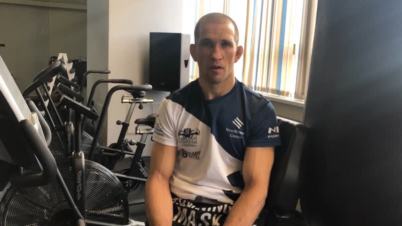 Александр Сарнавский перед боем на турнире ACA95