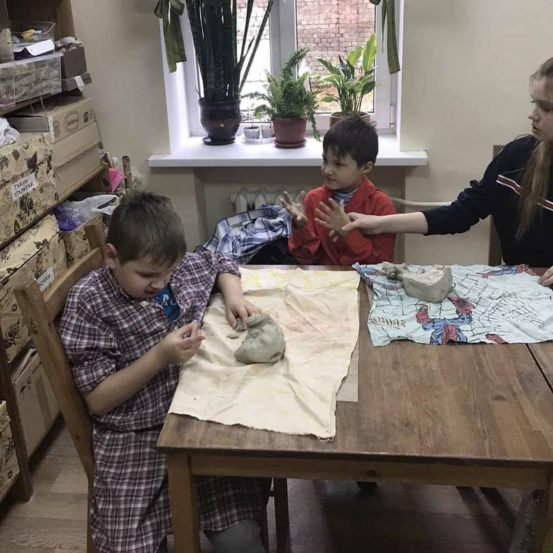 В керамической мастерской