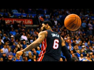 LeBron James' Lethal Drive and Dunk in Phantom Slow-Motion!